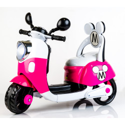 Minnie Vespa Scooter