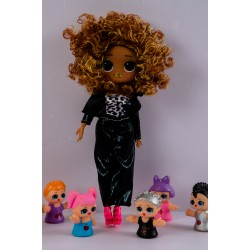 LOL COLLECTIBLE DOLL